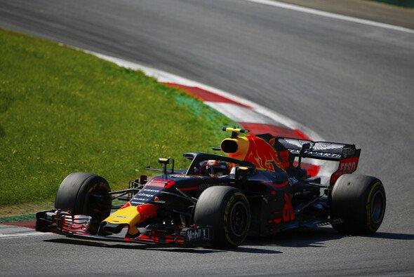 Max Verstappen hat den Großen Preis von Österreich 2018 gewonnen - Foto: LAT Images