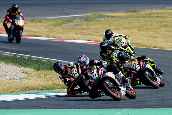 Der ADAC Junior Cup gastiert am Sachsenring - Foto: ADAC Junior Cup powered by KTM