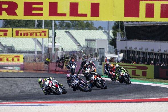 Ab 2019 wird es drei Superbike-Rennen pro Wochenende geben - Foto: Yamaha