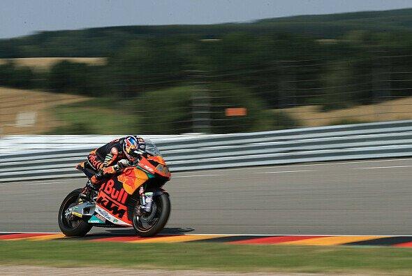 Brad Binder gewinnt sein erstes Rennen in der Moto2-Klasse - Foto: KTM