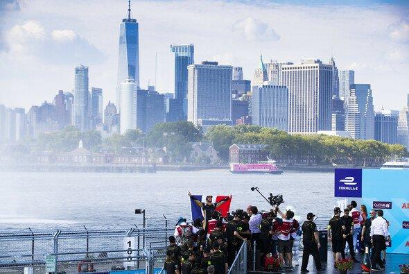 Kann Jean-Eric Vergne seinen Formel-E-Titel in New York verteidigen? - Foto: LAT Images