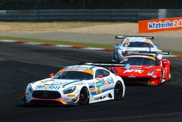 Knapp am Podium vorbei: Sebastian Asch auf dem Nürburgring - Foto: Gruppe C Photography