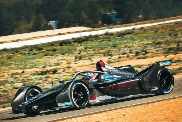 Max Günther absolviert das komplette Testprogramm für Dragon in der Formel E - Foto: Dragon