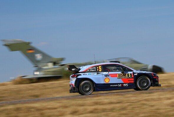 Die Panzerplatte ist eines der Highlights der Rallye Deutschland - Foto: ADAC Rallye Deutschland