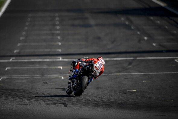 Die MotoGP hätte in Silverstone nur trockenes Wetter retten können - Foto: Ducati