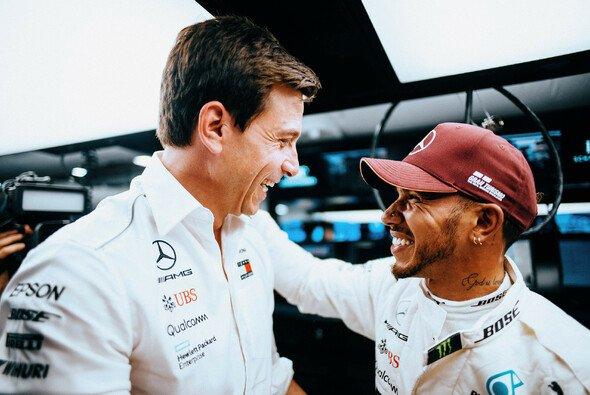 Für Toto Wolff ist klar. Der WM-Titel ist vor allem Lewis Hamiltons eigener Verdienst - Foto: Mercedes-Benz