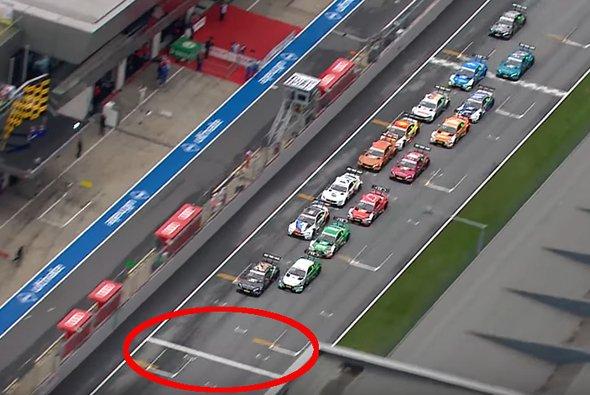 Deutlich zu sehen: Daniel Juncadella hat zu früh beschleunigt - Foto: DTM/Screenshot