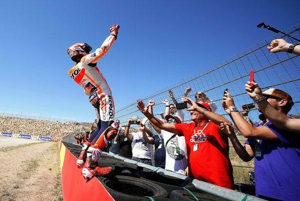 Im Vorjahr triumphierte Marc Marquez in Aragon - Foto: Repsol