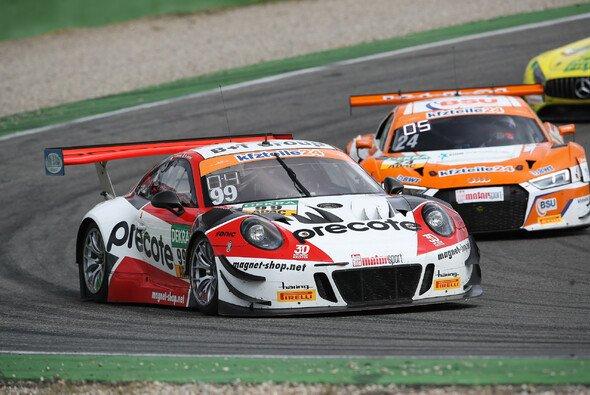 Mit nur einem Punkt Vorsprung gewannen Renauer und Jaminet den Titel - Foto: ADAC GT Masters
