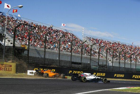 Fernando Alonso holte in Japan abermals zum Rundumschlag gegen die Formel 1 aus - Foto: LAT Images