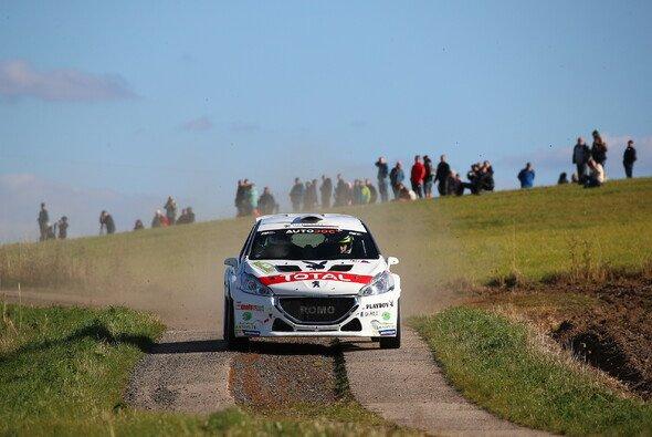 Marijan Griebel reist mit zwölf Punkten Vorsprung nach Straubing und möchte den DRM-Titel für Peugeot gewinnen - Foto: DRM