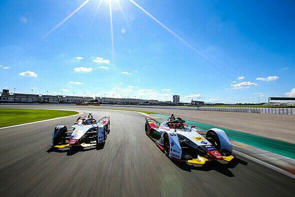 Audi startet als amtierender Team-Champion in die 5. Formel-E-Saison - Foto: Audi Communications Motorsport / Michael Kunkel