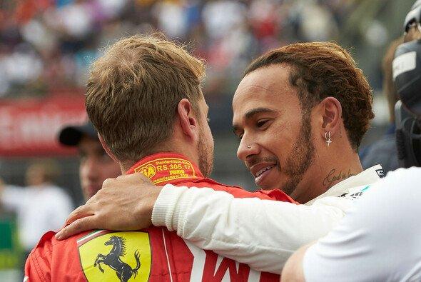 Sebastian Vettel zollte Lewis Hamilton für seine Leistung Respekt - Foto: LAT Images