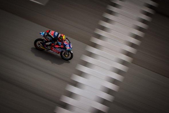 Die Fahrer von Moto2 und Moto3 müssen sich 2019 an ein neues Qualifying-Format gewöhnen - Foto: gp-photo.de/Ronny Lekl