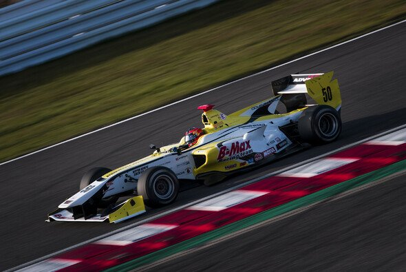 Auer beim ersten Test der Super Formula in Japan - Foto: Red Bull Content Pool