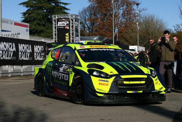 Valentino Rossi feierte zum Saison-Abschluss doch noch einen Sieg, allerdings im Rallye-Auto - Foto: Monza Eni Circuit/Romano
