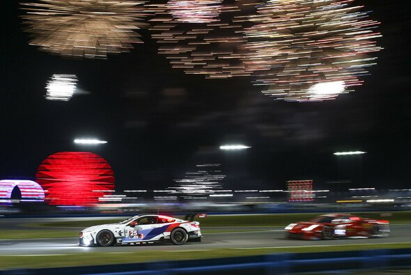 Augusto Farfus beschert BMW den Klassensieg beim 24-Stunden-Rennen in Daytona - Foto: LAT Images