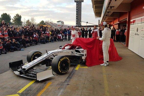 Fallen auch 2020 einige Hüllen erst wieder unmittelbar vor dem ersten Test in Barcelona? - Foto: Motorsport-Magazin.com
