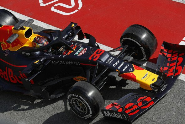 Pirellis neue Reifen zeigten bei den Tests ungewohnten Glanz auf der Lauffläche - Foto: LAT Images