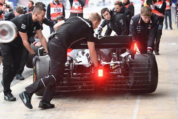 Valtteri Bottas kam nach technischen Problemen am Nachmittag nur auf sieben Runden - Foto: LAT Images