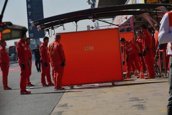 Formel 1 und FIA wollen Sichtschutz bei Testfahrten loswerden - Foto: LAT Images