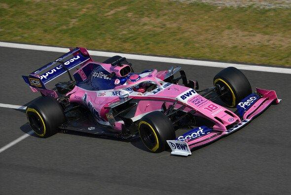 Racing Point liegt bei den Formel-1-Testfahrten 2019 trotz weniger Kilometer voll im Plan - Foto: LAT Images