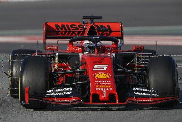 Die Formel-1-Boliden haben für die Saison 2019 ein verändertes Aussehen erhalten - Foto: LAT Images