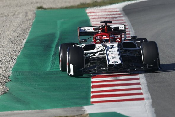 Kimi Räikkönen: Alfa Basis stimmt, aber noch einiges zu tun - Foto: LAT Images