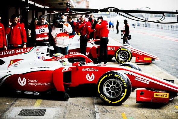 Mick Schumacher konnte die Pole Position im Sprintrennen nicht in ein Podium ummünzen - Foto: FIA Formula 2