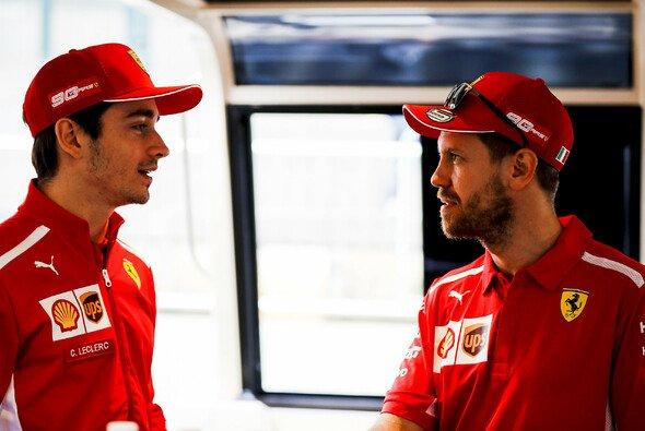 Charles Leclerc bleibt bis mindestens 2024 bei Ferrari - Foto: LAT Images