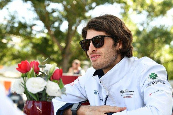 Ferrari-Junior Antonio Giovinazzi feiert in Australien seinen Einstand als Formel-1-Stammfahrer - Foto: LAT Images