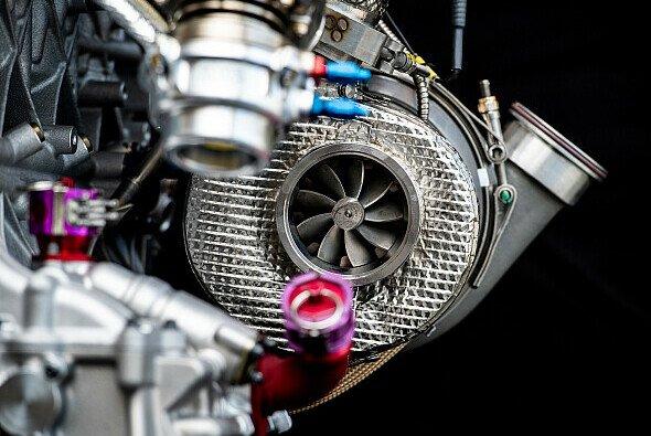 Die DTM setzt seit 2019 auf einen Zweiliter-Turbomotor mit vier Zylindern - Foto: Audi Communications Motorsport