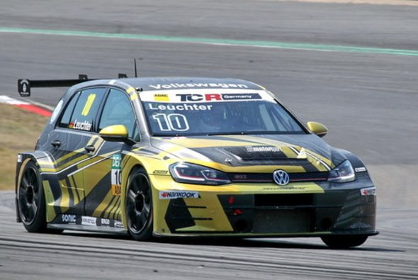 Max Kruse Racing startet zusammen mit Partner Eibach in der VLN - Foto: Max Kruse Racing