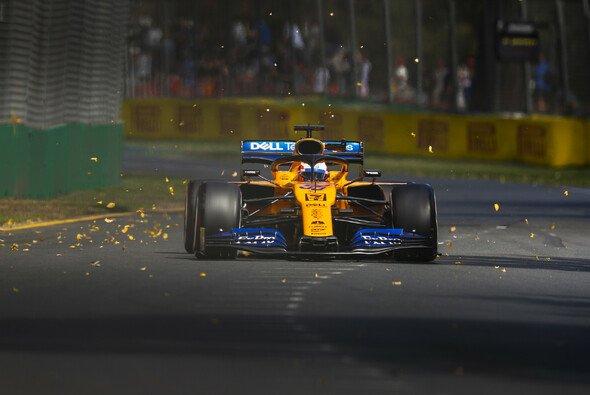 Für Carlos Sainz könnte die F1-Saison 2019 besser beginnen ... - Foto: LAT Images