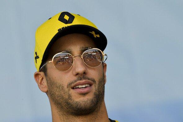 Daniel Ricciardo erlebte in Australien keinen guten Einstand bei seinem neuen Formel-1-Arbeitgeber Renault - Foto: LAT Images