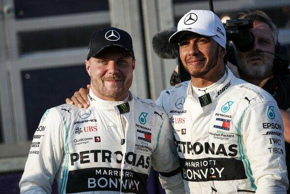 Bis jetzt heißt das Duell der Formel 1 2019 Valtteri Bottas gegen Lewis Hamilton - Foto: Mercedes-Benz