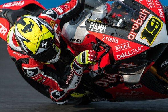 Alvaro Bautista siegte auch im ersten Rennen von Aragon - Foto: Ducati