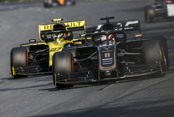 Romain Grosjean lag zu Beginn ebenfalls vor Nico Hülkenberg - Foto: LAT Images