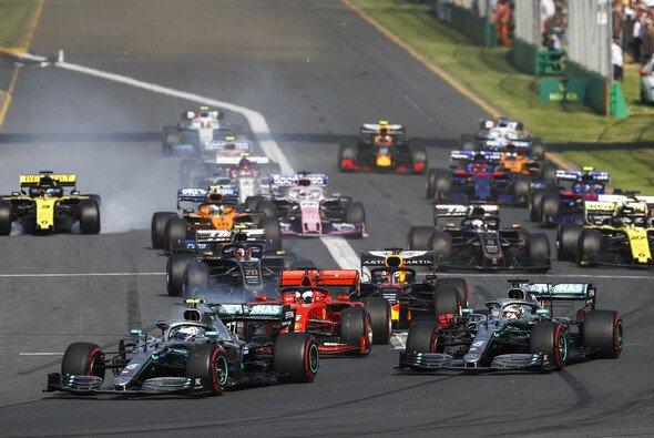 Doppelsieg für Mercedes. Bottas dominiert in Australien. - Foto: LAT Images