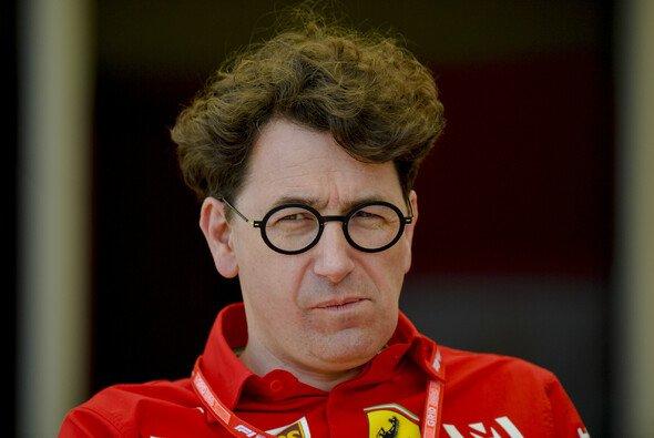 Die Formel-1-Saison 2020 könnte noch länger dauern wie erwartet. Für Mattia Binotto ist ein Saisonfinale im Januar denkbar. - Foto: LAT Images