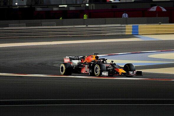 Red Bull ist in Bahrain nicht bei der Musik - Reifen-Rätsel statt Power-Problem - Foto: LAT Images