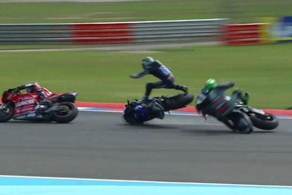 Kurz vor dem Ziel kollidierten Morbidelli und Vinales - Foto: Screenshot/MotoGP