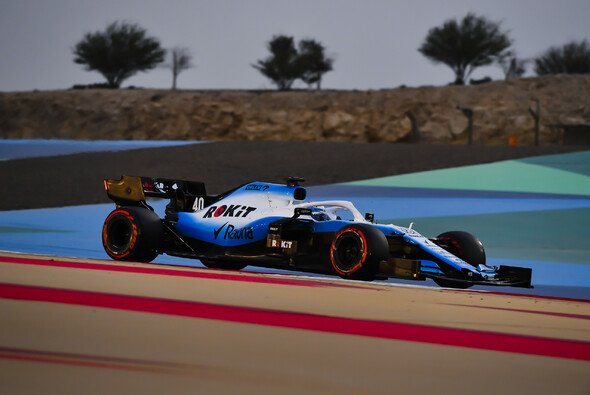 Williams bei den Testfahrten der Formel 1 in Bahrain - Foto: LAT Images