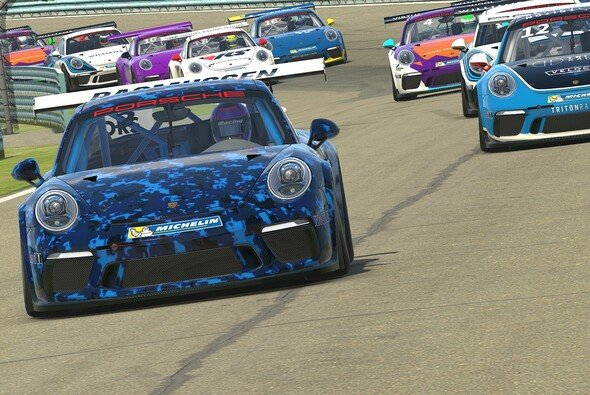 Als erster virtueller Markenpokal startet 2019 der Porsche Esports Supercup - Foto: Porsche