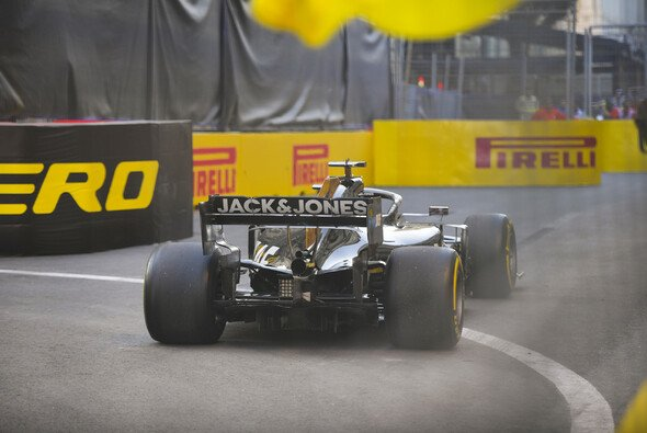 Haas dümpelte im Baku-Qualifying durchs Niemandsland - Foto: LAT Images