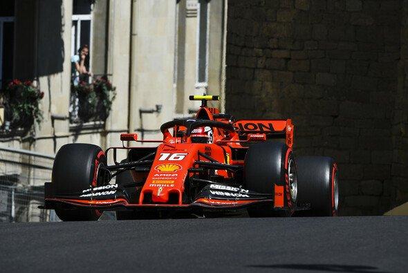 Charles Leclerc gewann die Qualifying-Generalprobe vor Sebastian Vettel - Foto: LAT Images