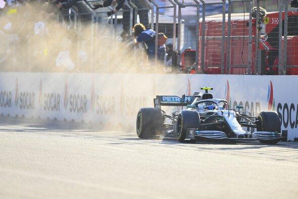 Mercedes fuhr den vierten Doppelsieg in Folge ein - Foto: LAT Images