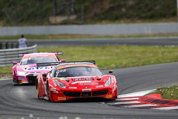Erste Rennen für Sebastian Asch im Ferrari 488 GT3 von HB Racing - Foto: Gruppe C Photography