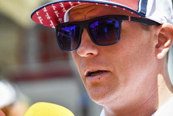 Kimi Räikkönen fühlt sich zumindest körperlich schon seit eineinhalb Jahrzehnten alt - Foto: LAT Images