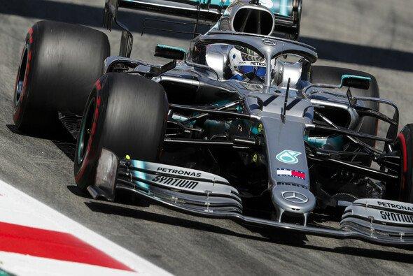 Die Formel 1 gastiert in Barcelona, Valtteri Bottas dominiert den Freitag - Foto: LAT Images